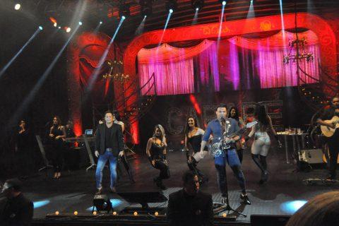 Leonardo e eduardo costa apresentaram um show único na região, na última sexta-feira, dia 4