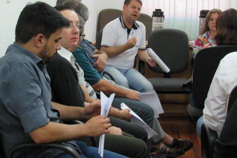 O diretor do IF Farroupilha Cesar Eduardo Stevens Kroetz explica a situação orçamentária da instituição