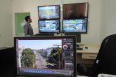 Sala de videomonitoramento montada no quartel do 7º Regimento de Polícia Montada. Deste local, os policiais realizam aproximação e os enquadramentos das 24 câmeras