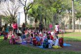 Alunos da Escola Bem-Me-Quer em atividades de integração na Praça do Brique no ano de 2016