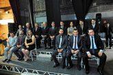 Em ato solene realizado no Teatro Municipal Antônio Sepp, os 15 vereadores de Santo Ângelo eleitos no pleito municipal de outubro, tomaram posse na manhã do último domingo, dia 1º