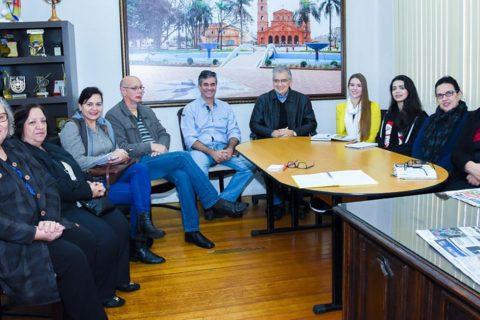 Reunião para debater os projetos aconteceu na manhã da última quarta-feira, dia 23, na Câmara de Vereadores