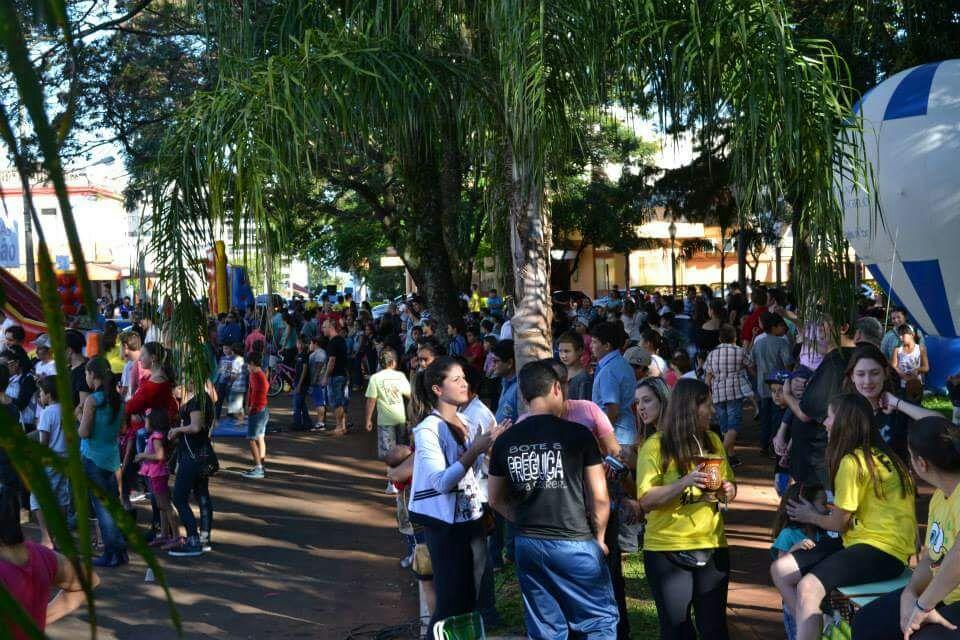 Atividades lúdicas e esportivas fazem parte da programação da Rua de Lazer