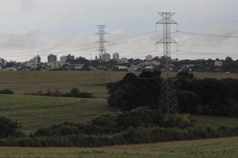 Tarifa de Energia elétrica de alta tensão será reajusta em cerca de 3,81%