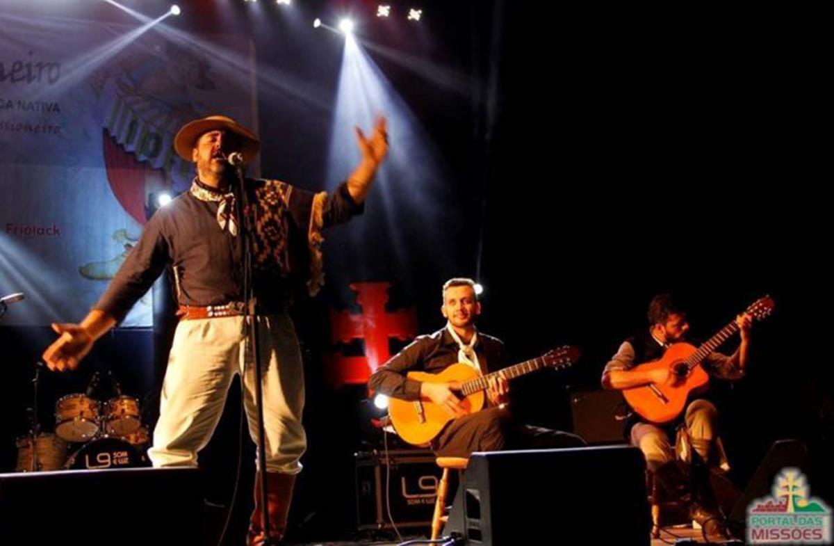 Fábio Oliveira e Alma Campesina