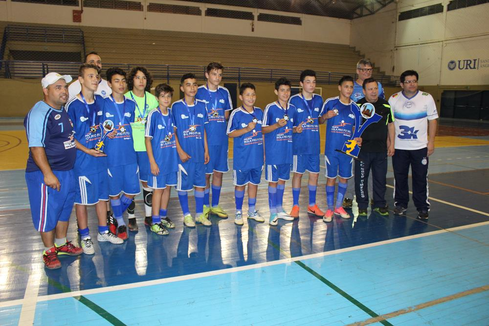 Bola pro Futuro, de Santiago, foi a campeã na categoria sub-13