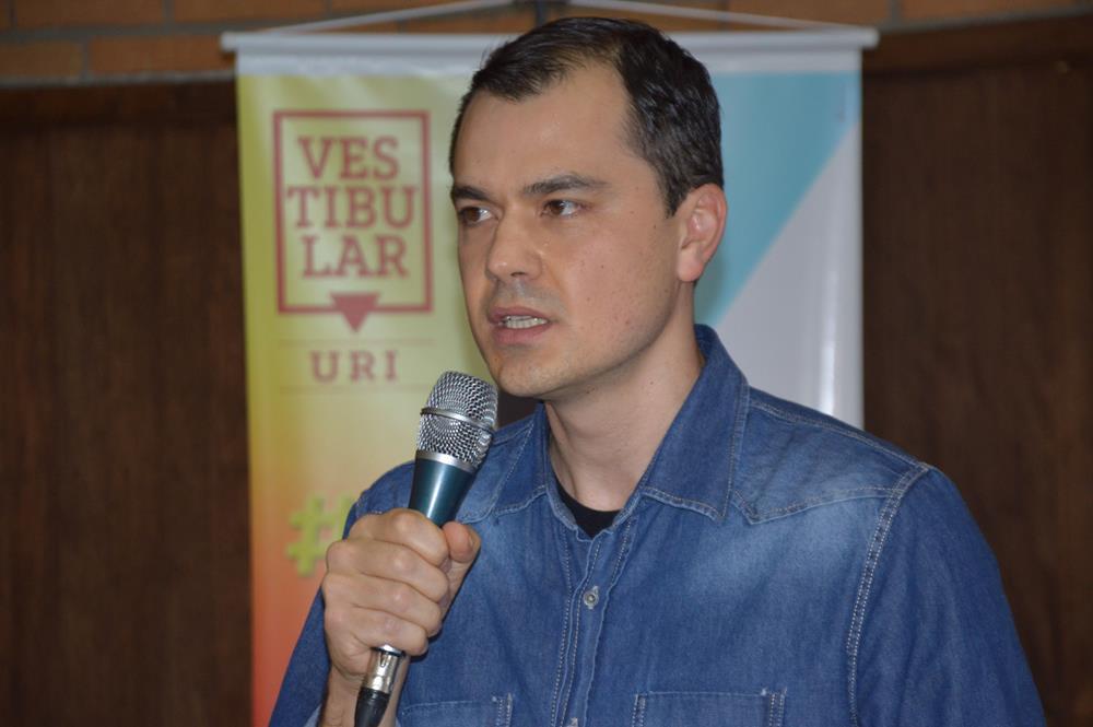Diretor-acadêmico Marcelo Stracke destacou conquistas da Universidade