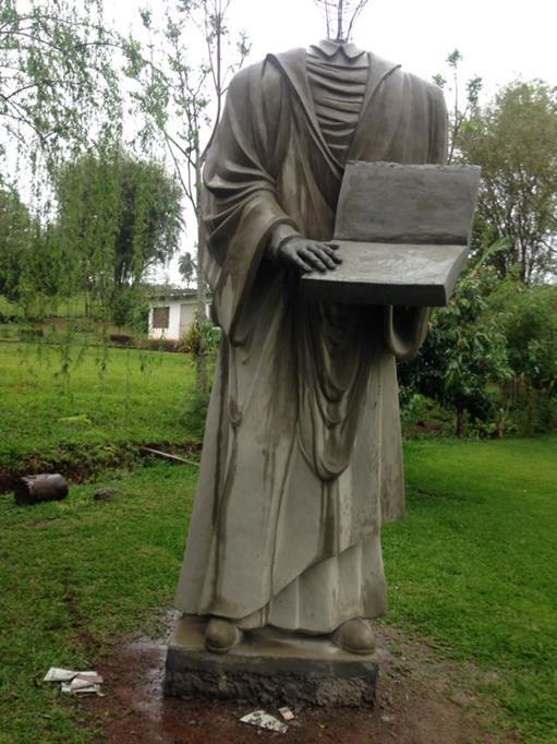 Estátua de Martin Lutero em fase de acabamento