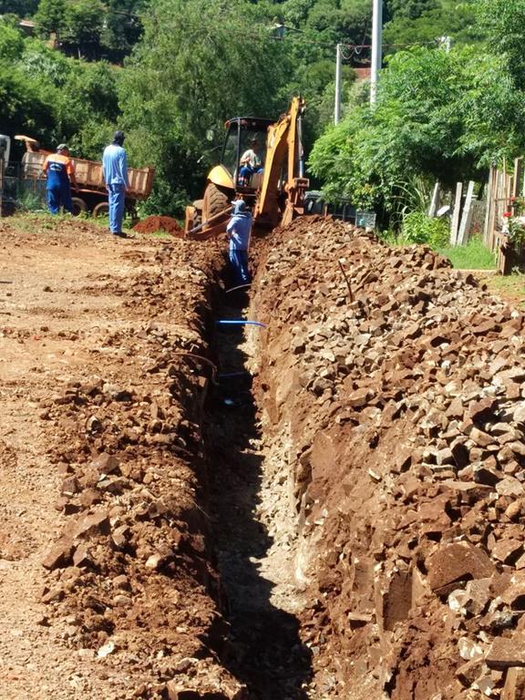 Obras estão executadas pela Corsan em parceria com o Governo Municipal - Foto João Fonseca (Copy)