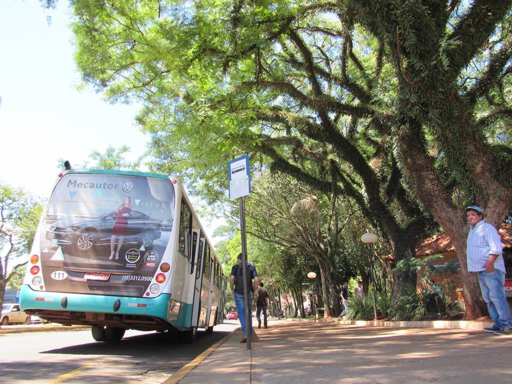 Pontos de ônibus Coletivo urbano - Paradas (5)