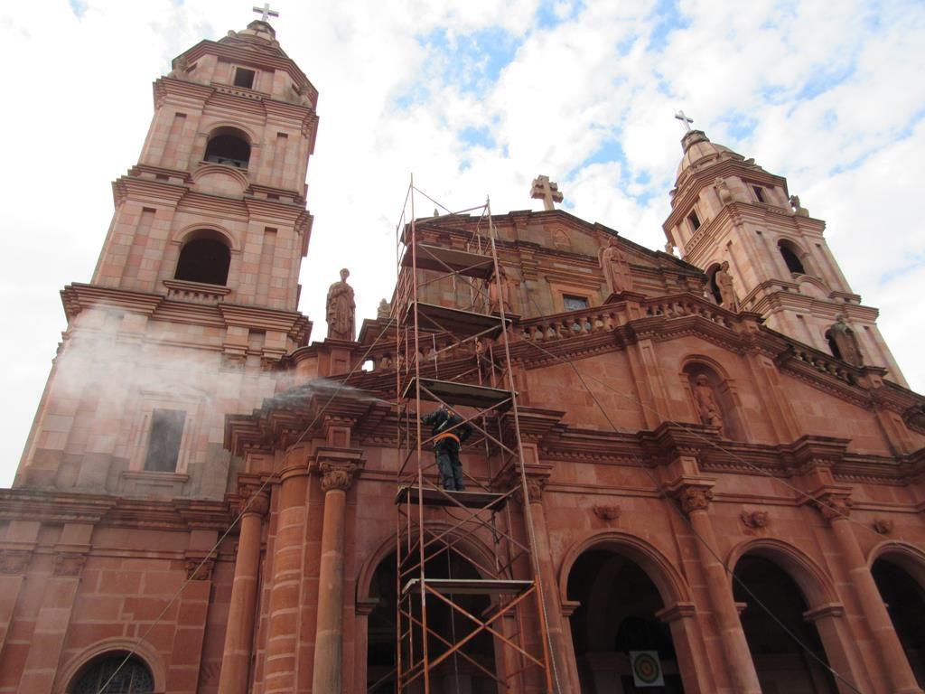 Fotos: Marcos Demeneghi - Limpeza da Fachada da Catedral Angelopolitana em maio de 2018