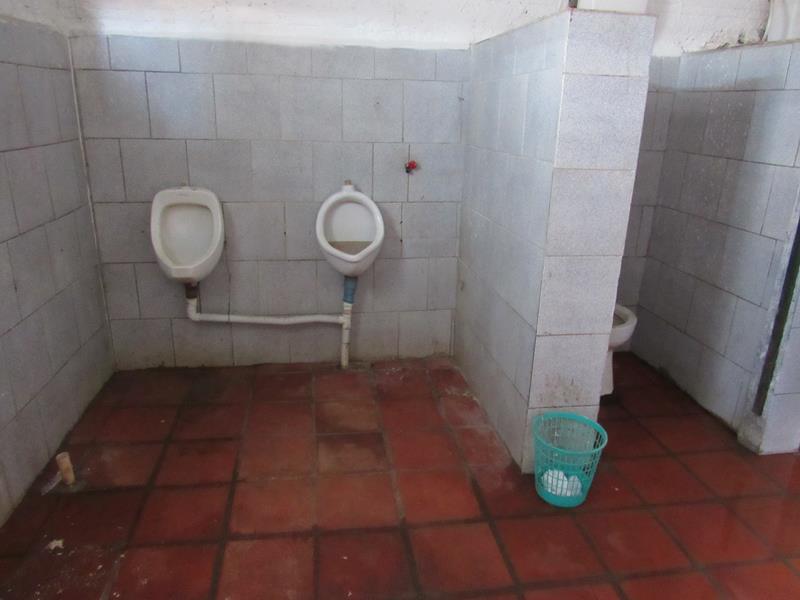 Estádio da Zona Sul pede socorro (6) (Copy)