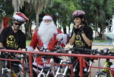 Bike-Noel-03-Copy-370x250.jpg