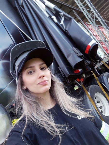 Paula Demeneghi - 02 (Copy)