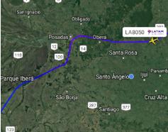 Aplicativo Flightradar24 mostra o desvio feito pela aeronave