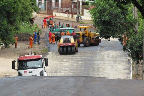 Trecho da Rua Tiradentes compreendido entre a Av. Venâncio Aires até a Rua Alfredo Leopoldo Fett