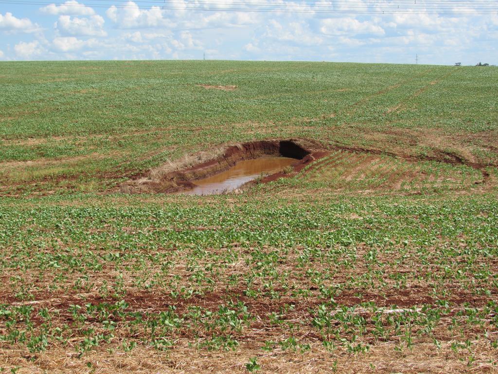 Compactação e adensamento de áreas agrícolas em Santo Ângelo (10) - água doce (Copy)