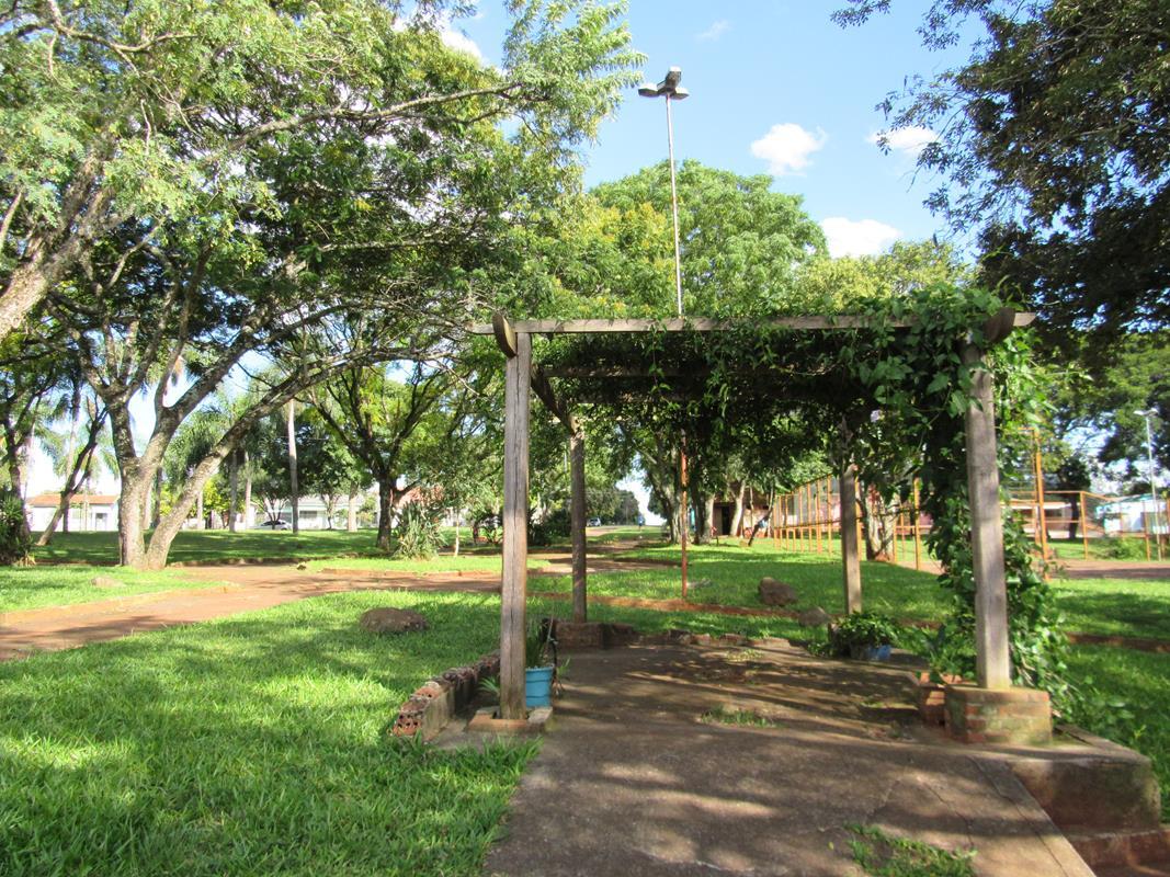 Praça José Carlos Kest (2) (Copy)