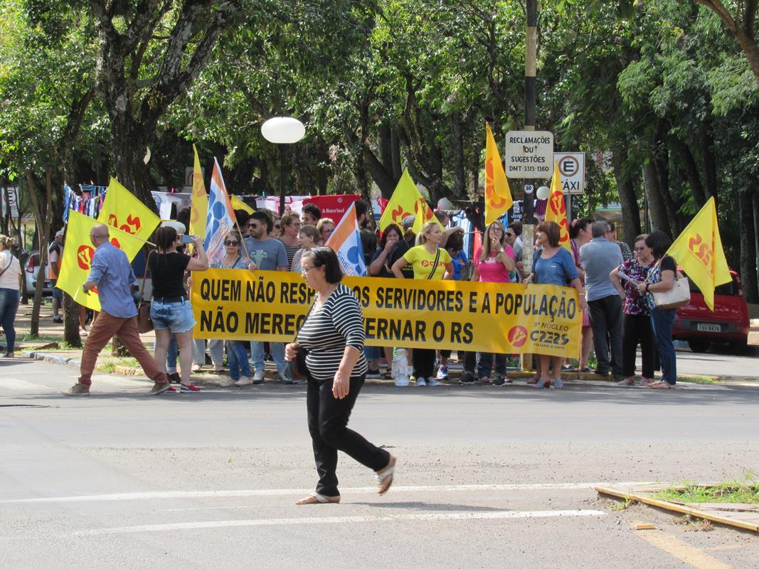 Manifestação contra reforma da previdência (10) (Copy)