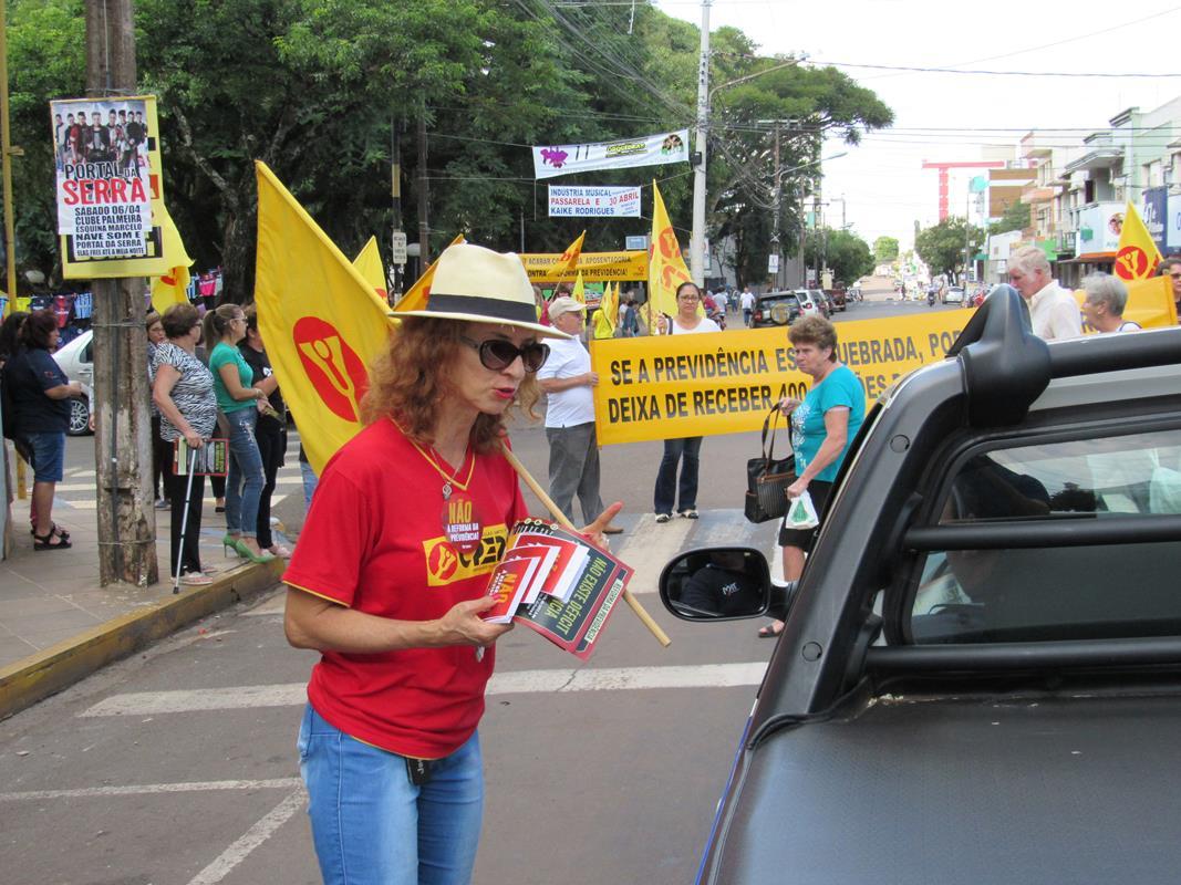 Manifestação contra reforma da previdência (7) (Copy)