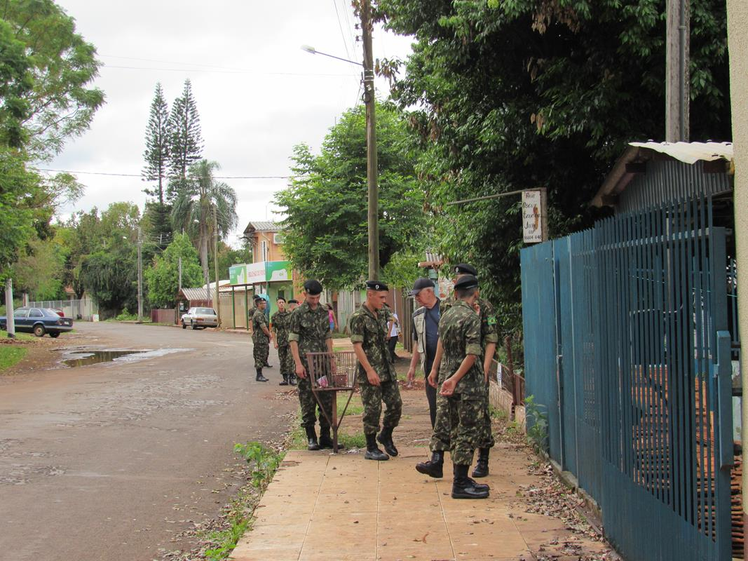 Militares em combate a dengue (48) (Copy)