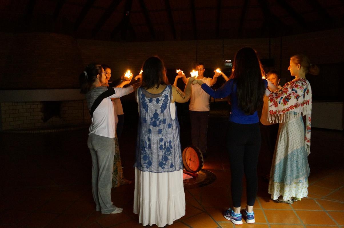 Dança circular - um ano- velas (Copy)