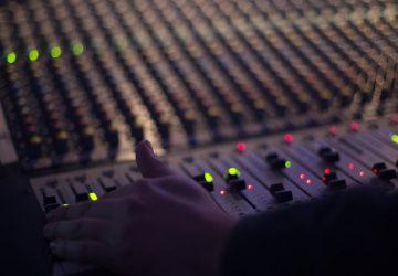 audio-1839162_1280-Copy-360x250.jpg