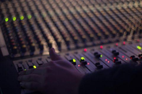 audio-1839162_1280 (Copy)