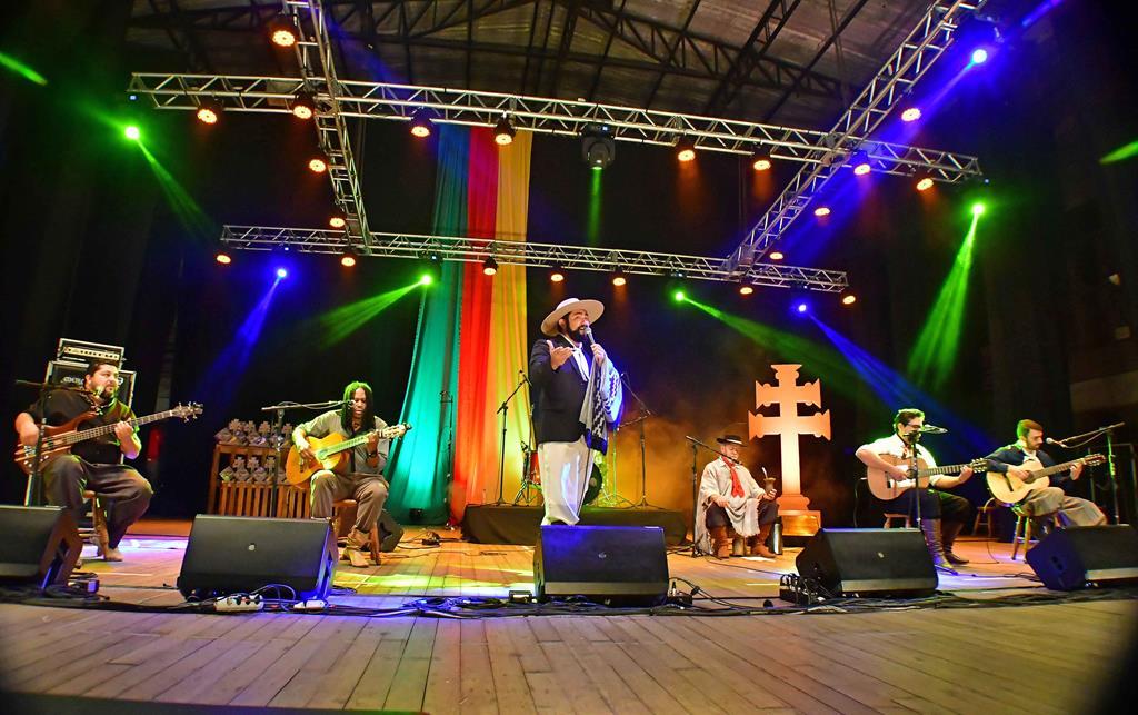 4--i-Premiação 12 Canto Missioneiro-foto fernando gomess (Copy)