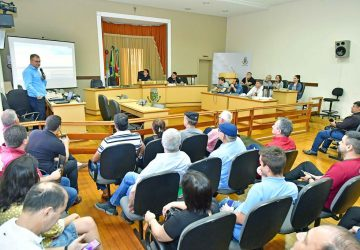 3-i-Audiência-Pública-nova-Prefeitura-foto-fernando-gomes-Copy-360x250.jpg