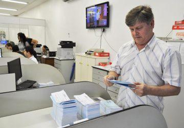 IPTU-2020-Secretário-da-Fazenda-Luis-Alberto-Voese-Foto-Tarso-Weber-Copy-360x250.jpg