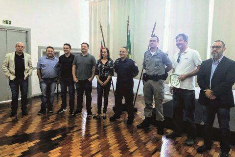 """Lançamento do Projeto """"Empresa Amiga da Polícia"""" reuniu autoridades, empresários e imprensa (Copy)"""
