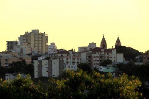 Vista de Santo Ângelo ao amanhecer - Entrada do outono 2020 - Foto: Marcos Demeneghi
