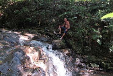 Quedas-dágua-cascata-no-bairro-ditz-e-dido-14-Copy-370x250.jpg