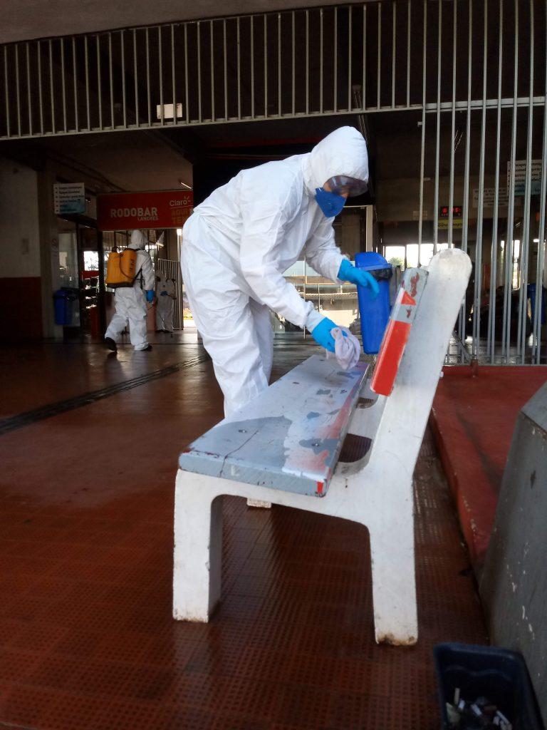Foto - Barreira Sanitária na Rodoviária de Santo Ângelo tenta conter o COVID-19 - Foto Marcos Demeneghi