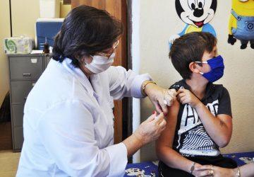 Vacinação-contra-o-H1N1-segue-até-o-dia-5-de-junho-foto-Rodrigo-Bergsleithner-Copy-360x250.jpg