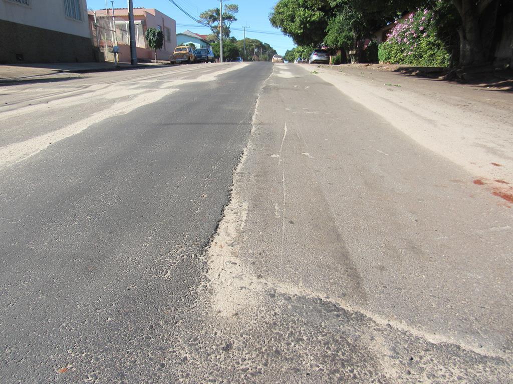 Cicatrizes do asfalto (6) (Copy)