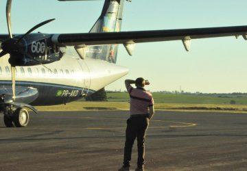 Avião-da-Azul-primeiro-pouso-e-decolagem-no-Aeroporto-de-Santo-Ângelo-2-Copy-360x250.jpg