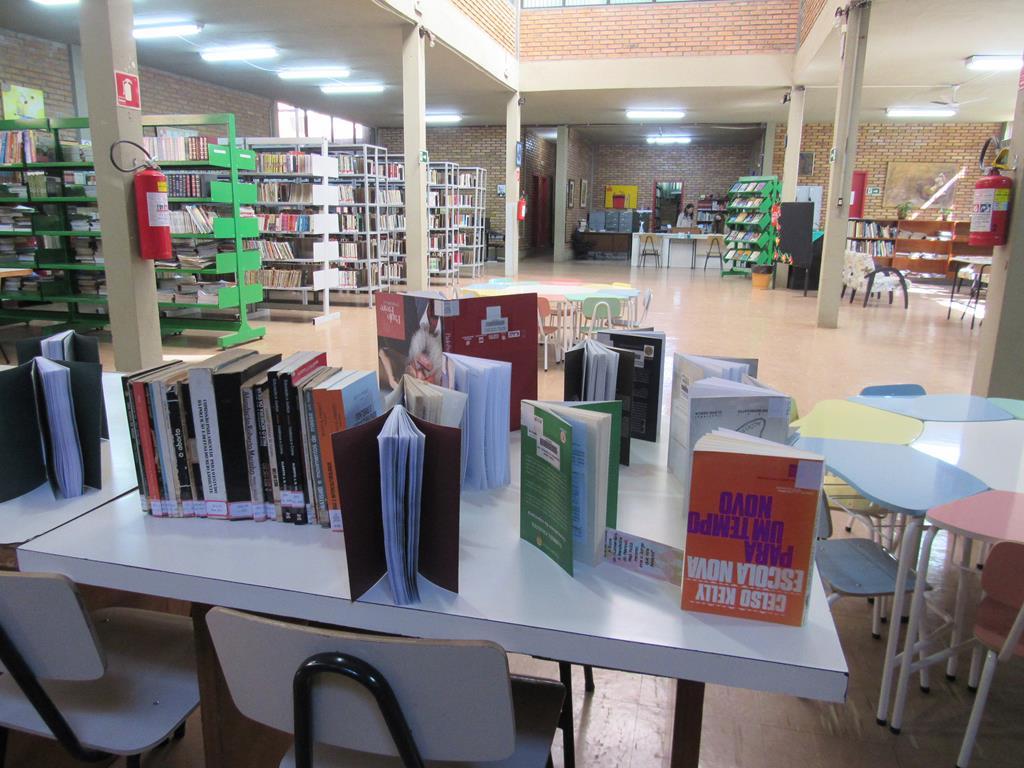 Biblioteca Pública Policarpo Gay (32) (Copy)