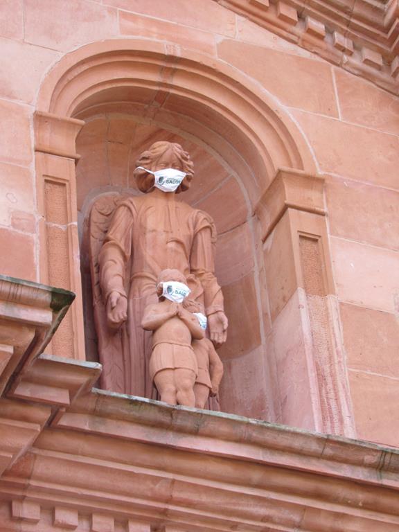 Representação do Anjo da Guarda esculpido em pedra grês por Valentin Von Adamovich Referência histórica em escultura nas Missões. Foto /2020 - Marcos Demeneghi