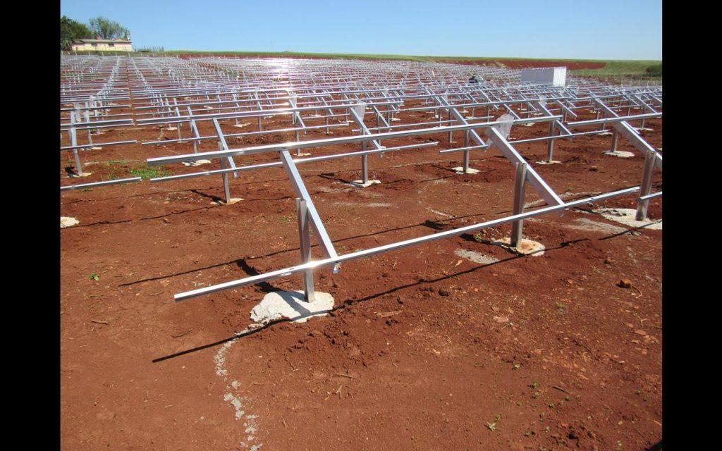 Obras da usina de energia solar da Unimed - Foto: Marcos Demeneghi