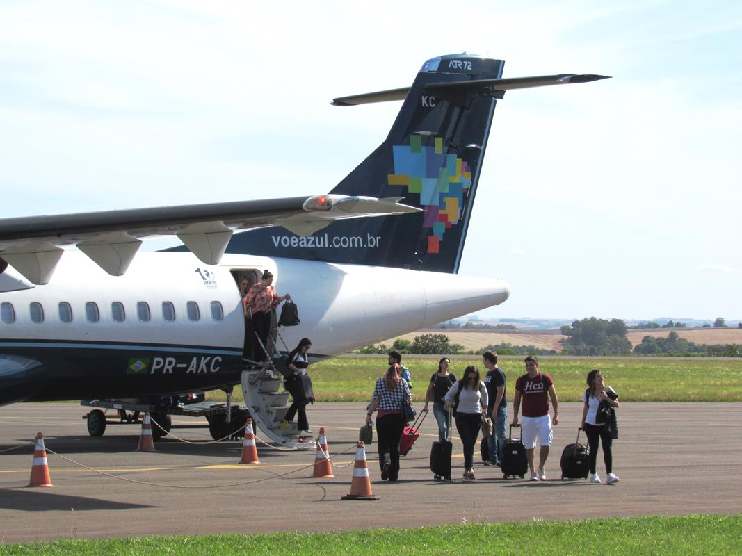Desembarque no aeroporto Regional Sepé Tiaraju em Santo Ângelo - Foto: Marcos Demeneghi
