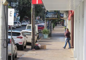 Ruas-de-Santo-Ângelo-na-Bandeira-Preta-Distanciamento-controlado-Pandemia-1-Copy-360x250.jpg