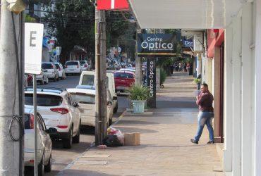 Ruas-de-Santo-Ângelo-na-Bandeira-Preta-Distanciamento-controlado-Pandemia-1-Copy-370x250.jpg