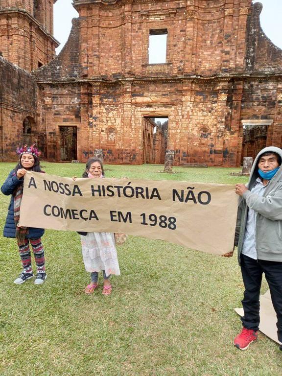 Manifestação dos indígenas 02 (Copy)