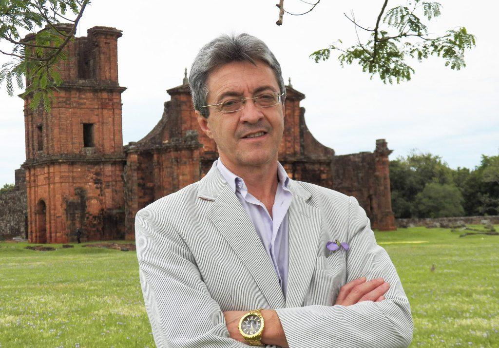 José Roberto Oliveira - Patrono da 29ª edição da Semana Cultural de Santo Ângelo