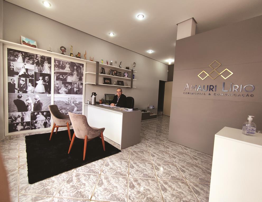 Novo espaço de recepção do Jornalista Amauri Lírio