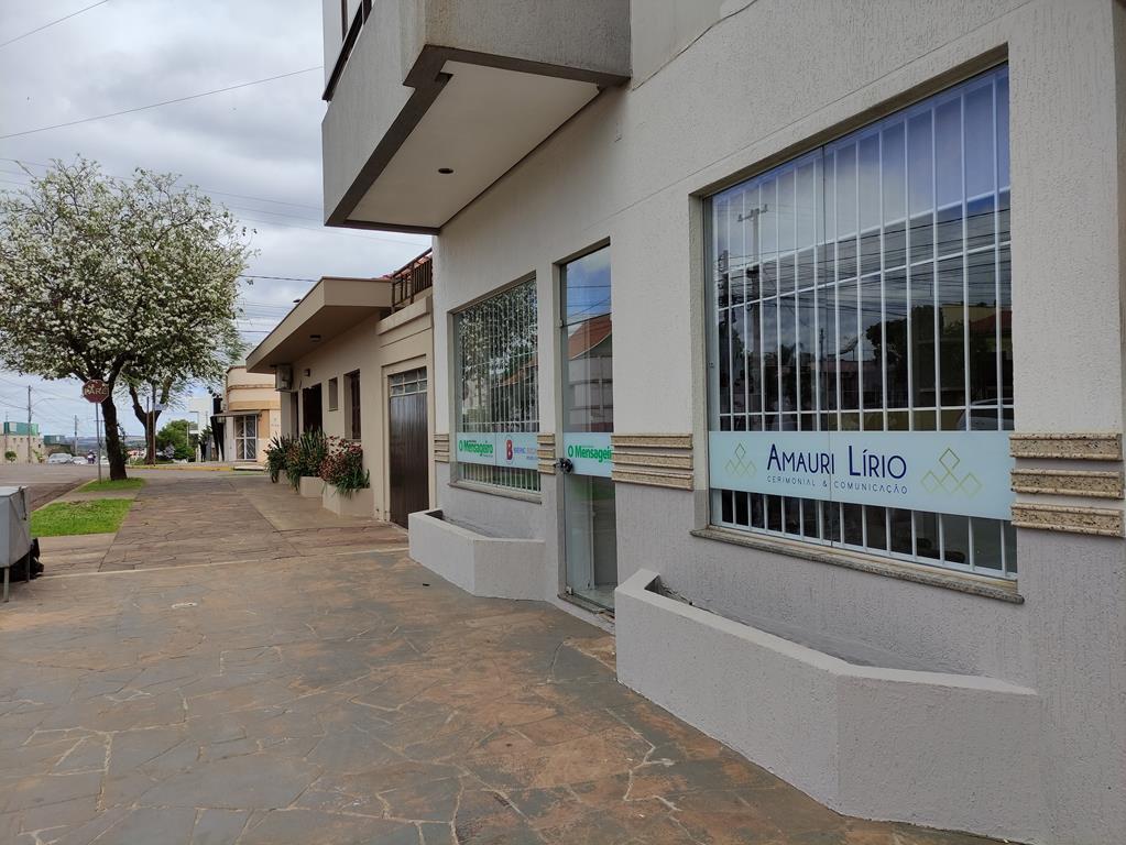 Nova sede do Mensageiro na Rua Tiradentes 690, entre a 15 de Novembro e Antunes Ribas