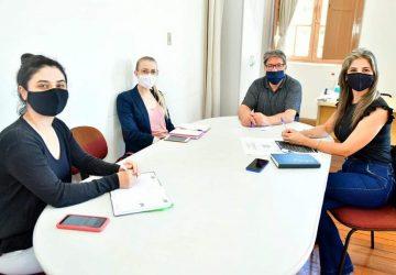 Comissão-organizadora-da-programação-esteve-reunida-para-preparação-dos-eventos-foto-Fernando-Gomes-Copy-360x250.jpg